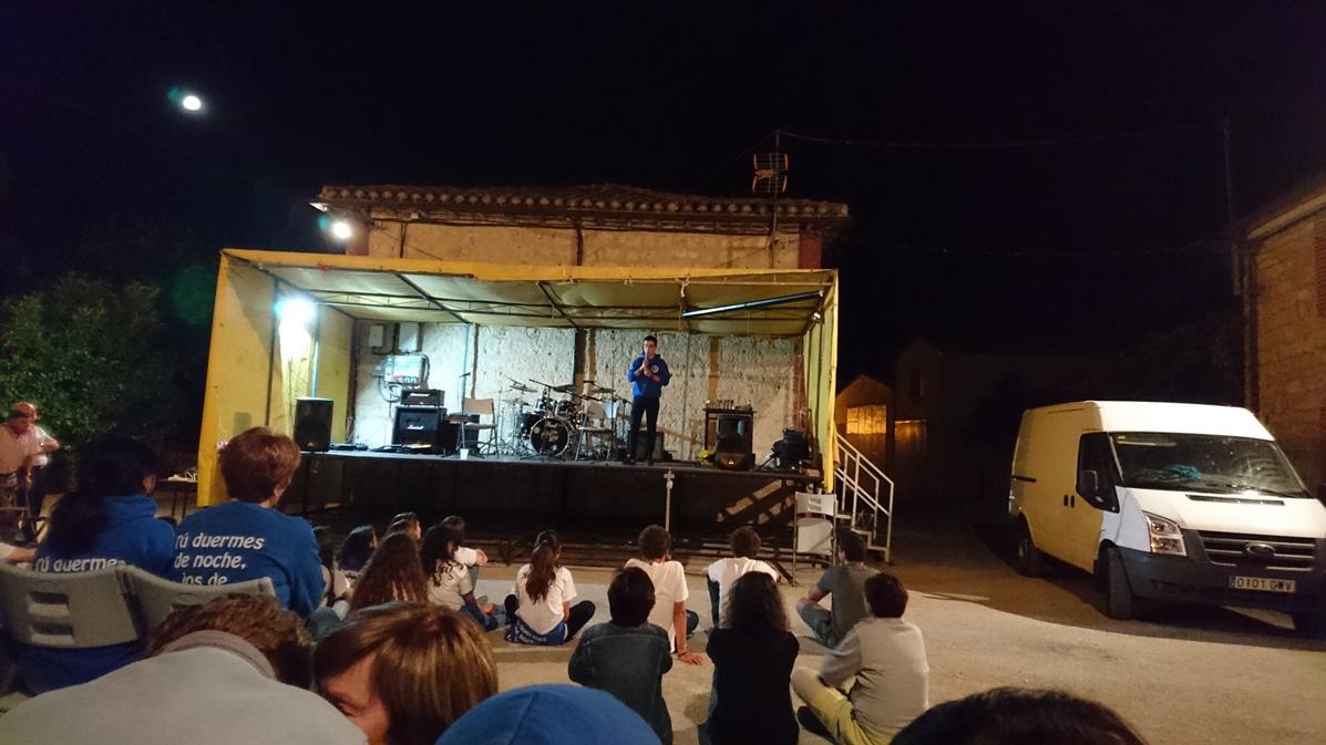 12.-Fiestas-2016-Monólogo-7.jpg