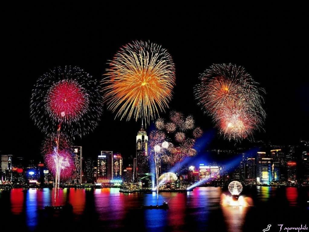 new-year-fireworks-hong-kongb.jpg